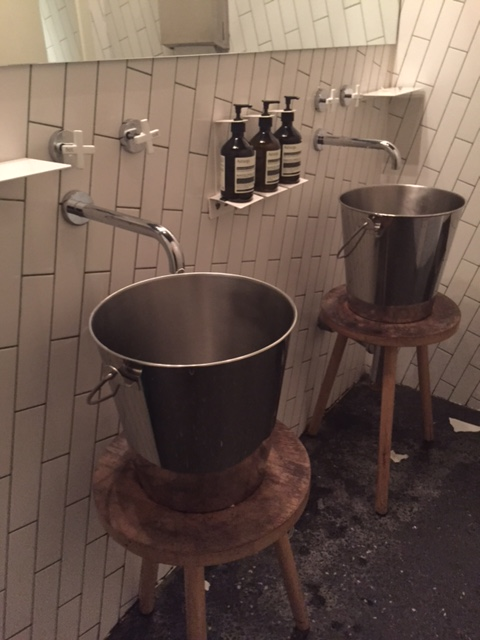 Loving the bathrooms in Ladro